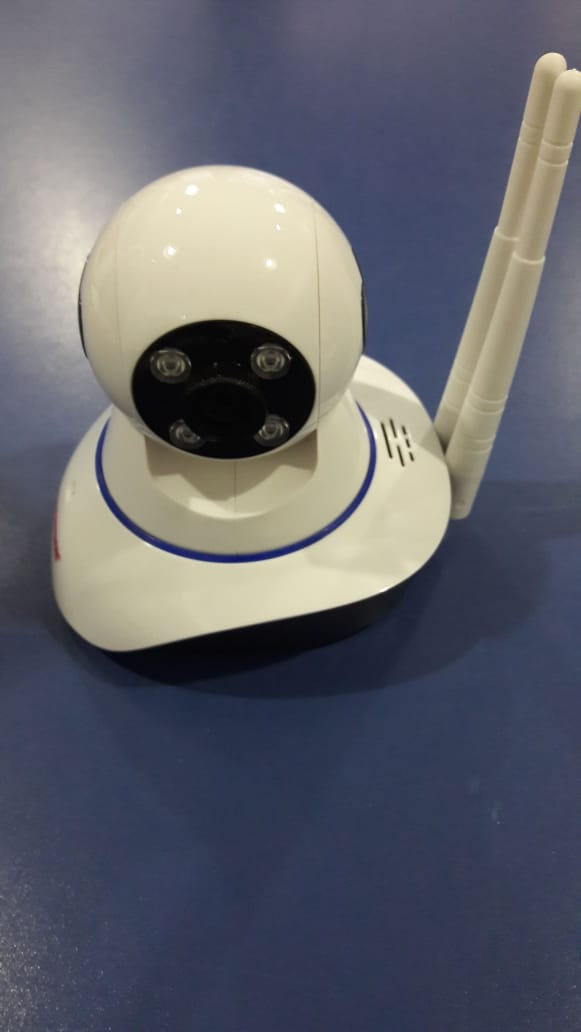 Camara ip robotica doble antena wifi sd con grabacion audio full duplex